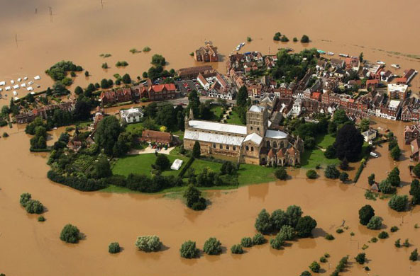 [July 22 2007: The town of Tewkesbury surrounded by floodwaters]