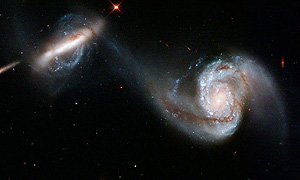 Hubble sees two interacting galaxies